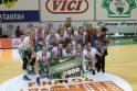 """Kauno KM """"Aisčių"""" komanda - pirmoji """"Akvilės"""" lygos čempionė."""