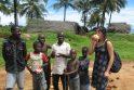 Plakatai Liberijos gatvėse skelbia: tikras vyras neprievartauja