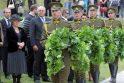 Atidengtas paminklas prezidentui A.M.Brazauskui