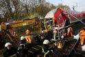 Vokietijoje traukinio avarijoje žuvo 3 žmonės