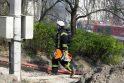 Kaune ugnis nuniokojo medinį daugiabutį (dar papildyta)