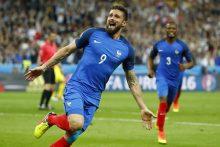 Europos futbolo čempionatas Prancūzijoje prasidėjo šeimininkų pergale