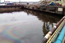 Po tragiško incidento uoste, kai žuvo du vyrai, fiksuota ir aplinkos tarša
