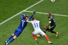 Anglijos futbolininkai mačo pabaigoje palaužė Velso rinktinę