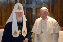 Popiežius Pranciškus ir patriarchas Kirilas pradėjo istorinį susitikimą