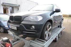 """Vogtu """"BMW X5"""" nuo pareigūnų tauragiškiui pasprukti nepavyko"""
