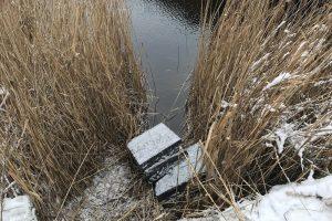 Pasieniečiai iš Šalčykščios upės išraukė baltarusiškų cigarečių krovinį