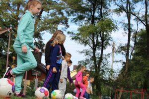 Futbolas įtraukė gausų būrį vaikų