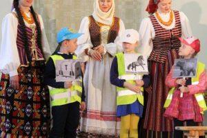 """75-metį švenčiantis ansamblis """"Lietuva"""" plačiai atvėrė savo duris"""