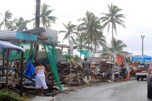 Fidžyje galingo ciklono aukų padaugėjo iki 20