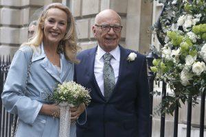 R. Murdochas ir J. Hall santuoką sutvirtino bažnyčioje