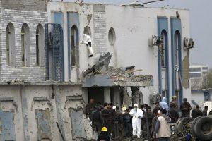 Talibano išpuolio Kabule aukų padaugėjo iki 64