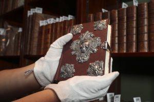 J. K. Rowling prabangus pasakų rankraštis parduotas už 370 tūkst. svarų