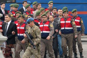 Turkijoje – teismas dėl įtariamo pasikėsinimo į R. T. Erdoganą