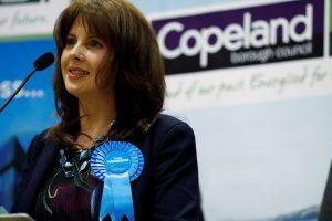 Didžioji Britanija: papildomuose rinkimuose pergalę švenčia konservatoriai