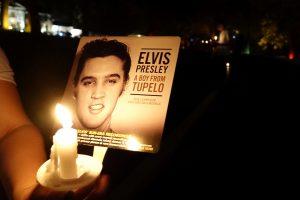 Prieš 40 metų Ameriką sukrėtė rokenrolo karaliaus E. Presley mirtis