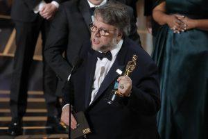 """""""Oskarai"""" 2018: geriausiu režisieriumi išrinktas G. del Toro"""