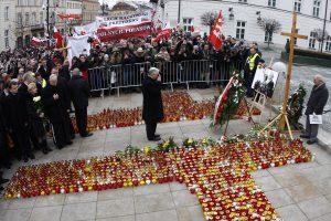 Dėl prezidento L. Kaczynskio lėktuvo katastrofos – kaltinimai dviem oro dispečeriams