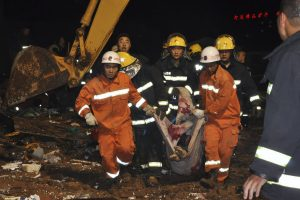 Rasti per nuošliaužą nefrito kasykloje žuvusių 23 žmonių kūnai