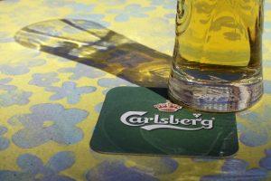 """""""Carlsberg"""" uždaro dvi gamyklas Rusijoje"""