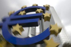 Ekspertas: ECB taikoma programa jau kelis kartus patikrinta JAV