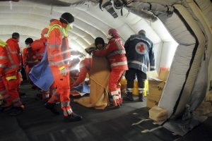 Italų pakrantės apsaugos tarnybai pavyko užbėgti už akių laivo katastrofai