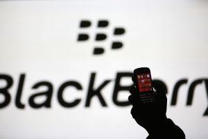 """""""BlackBerry"""" atsikratė nuostolių, nustebinusi rinkas"""