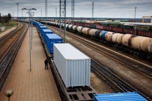 Lietuvos eksportas ir importas smuko po 1,6 proc.