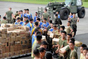 ES iki 13 mln. eurų didina pagalbą Filipinams