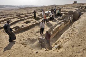 Egipte archeologai aptiko prieš 4 tūkst. metų gyvenusio faraonų gydytojo kapą