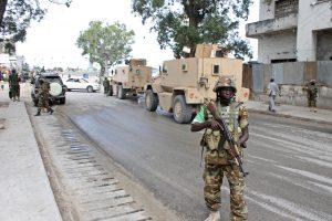 """JAV aviacijos smūgių Somalyje taikinys buvo """"al Shebab"""" lyderis"""