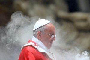 Vatikanas pradeda pasaulines konsultacijas dėl šiuolaikinės šeimos