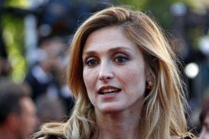 Prancūzijos prezidento meilužė paneigė gandus apie nėštumą