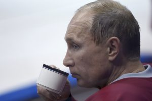 Nobelio laureatai ragina V. Putiną palikti homoseksualus ramybėje