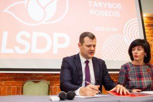 Partijų reitinguose lyderiai nesikeičia: labiausiai nukraujavo socialdemokratai