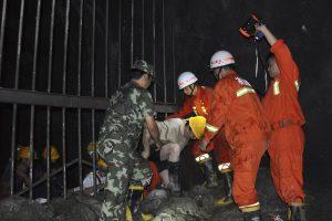 Kinijos tunelyje driokstelėjęs sprogimas užmušė 12 žmonių