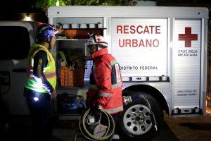 Meksikoje sugriuvus nebaigtam pastatui žuvo mažiausiai septyni žmonės