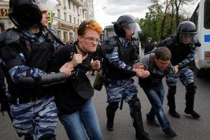 Lietuva ragina Rusiją nedelsiant išlaisvinti sulaikytus demonstrantus