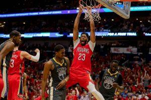 """NBA kovos: pergales šventė """"Pelicans"""" ir """"Rockets"""""""