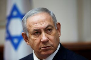 Izraelio premjerui B. Netanyahu skrieja kaltinimai kyšininkavimu