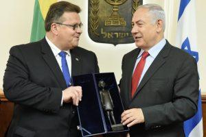 Izraelio premjeras priėmė kvietimą apsilankyti Lietuvoje