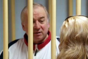 Rusija pateikė britams ultimatumą dėl Skripalių apnuodijimo tyrimo