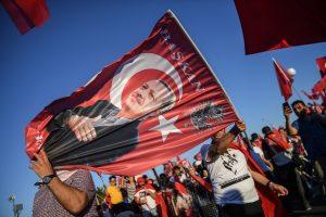 Po nepavykusio perversmo turkai gauna politinį prieglobstį Lietuvoje