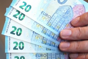 Darbuotojai galės prašyti akcijų: gali tikėtis ir dalies pelno