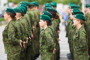 Artėjame prie visuotinio šaukimo į kariuomenę?
