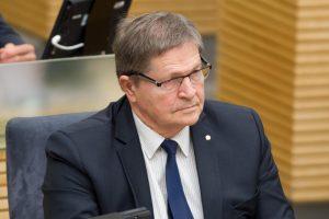 Opozicija kaltina E. Jovaišą slapčia bandant išsaugoti LEU