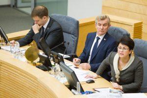 Dėl urėdijų reformos Seimas nutarė dirbti iki liepos 13-osios