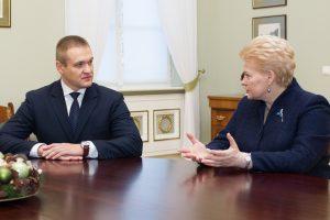 Ministrui E. Misiūnui – aštrios prezidentės kritikos strėlės