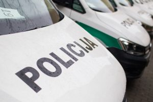 120 automobilių perkanti policija sąlygas rengė vieninteliam tiekėjui?
