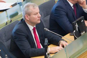 Seimo apkaltos komisija išklausys M. Bastį